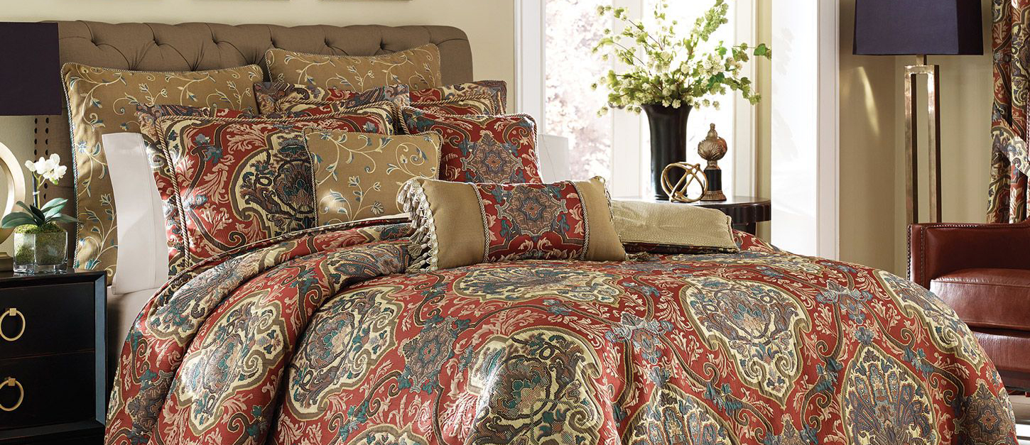 Dillards Bedding Collections Quilts Amp Comforters Buyer