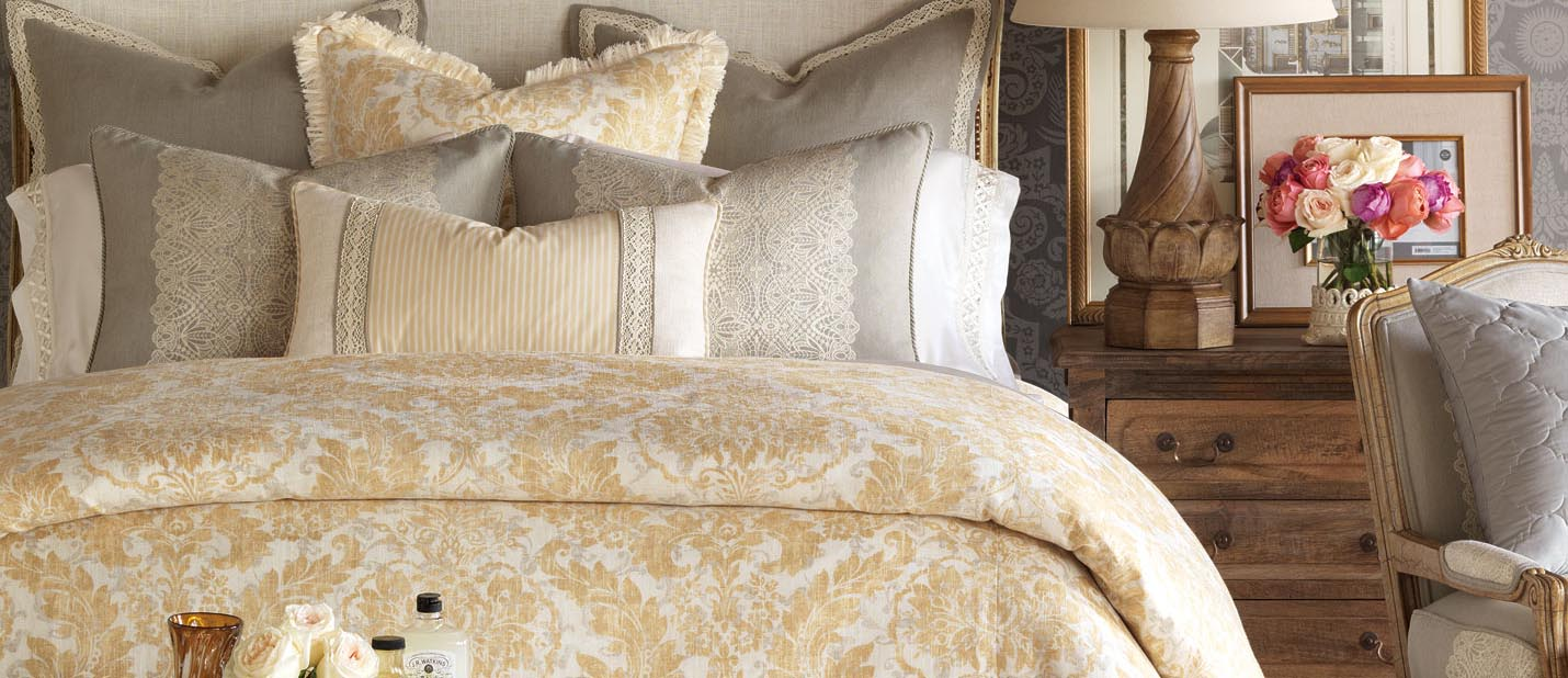 eastern accents bedding  designer bedding collection  buyer select -